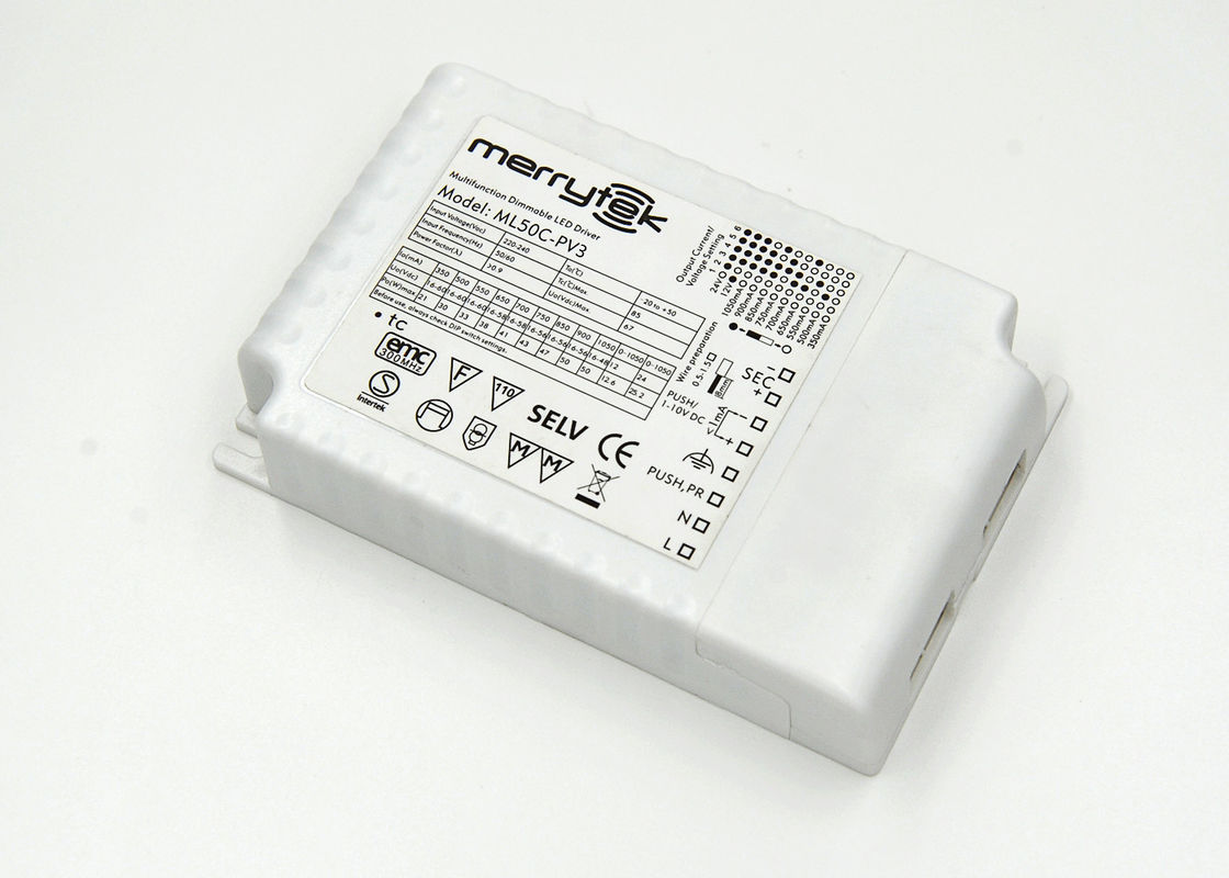 Flicker-free Hot Plug Series 1-10V Dimmable LED Driver ML50C